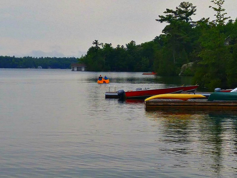 Paddle-Boating-Severn-Lodge