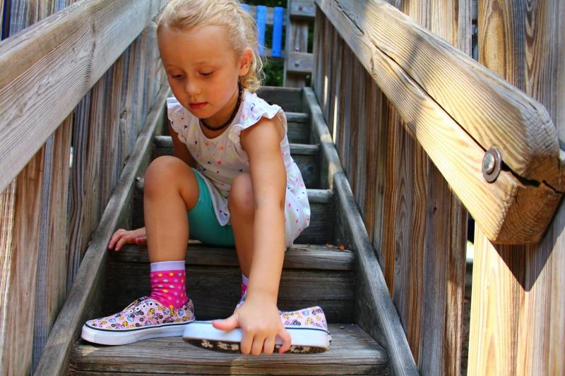 Princess-Peach-Vans-x-Games-Kids-EMB