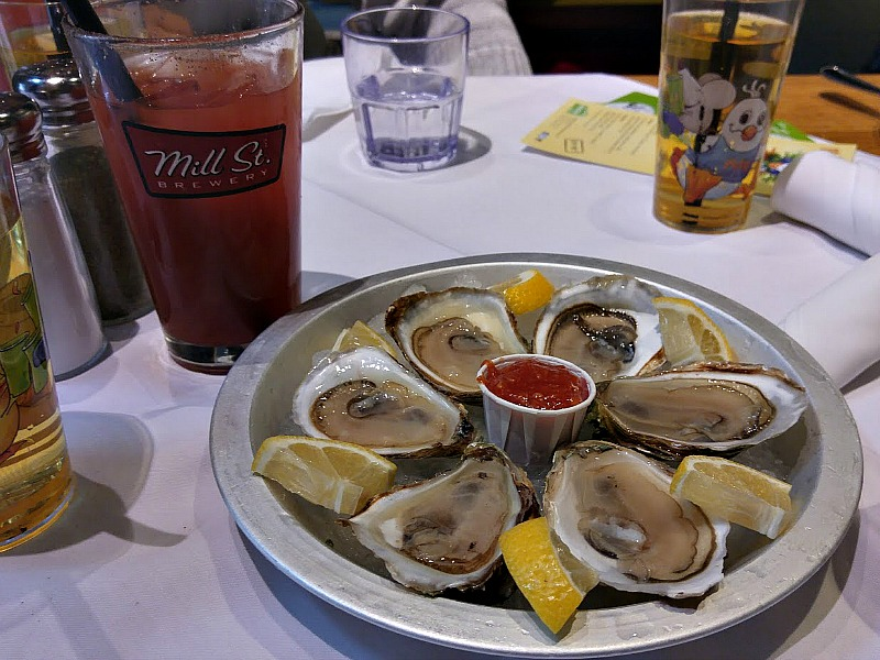 marche-toronto-oysters-emb